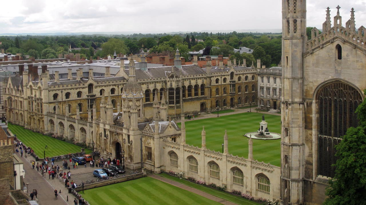 Колледжи в Англии в 2 РАЗА ДЕШЕВЛЕ