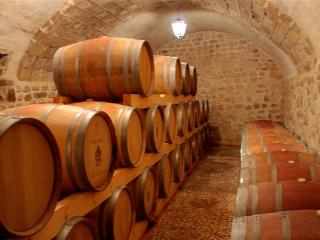 Скрытые шедевры: подземные винодельни