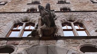 Творения Гауди за пределами Каталонии