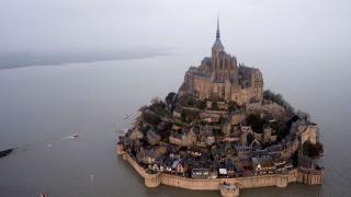Франция, замок аббатства Мон Сен-Мишель