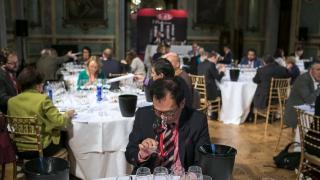 """15 испанских вин получили призы """"Золотой Вакх"""""""