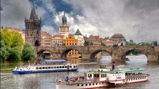 Речные круизы в Праге и аренда кораблей
