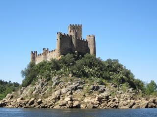 Португалия. Крепость Алмоурол