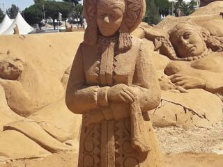Международный фестиваль скульптур из песка Sand City