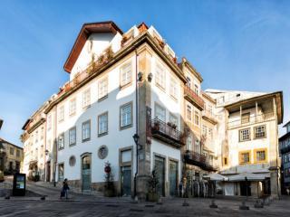 Антикварный отель на севере Португалии