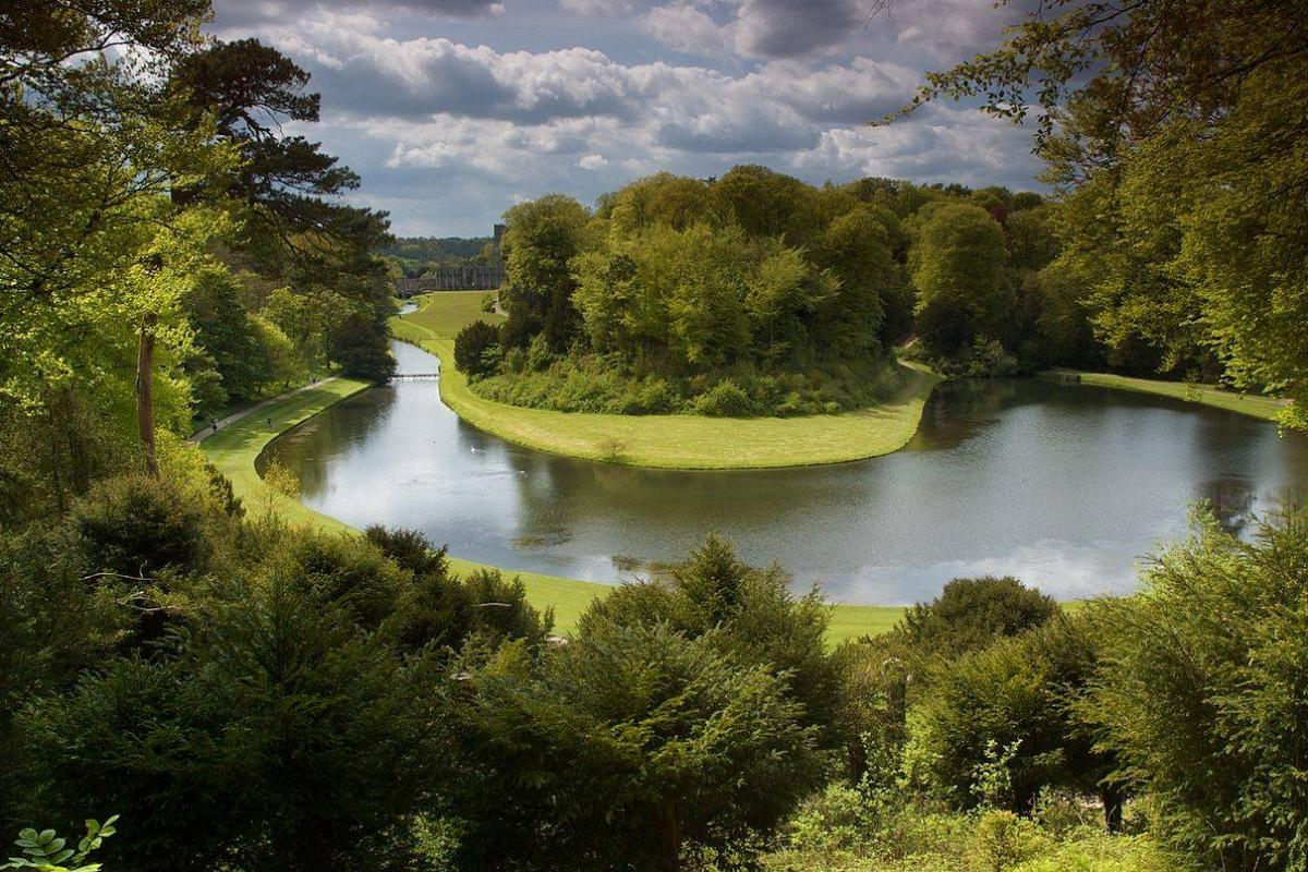 Парк Стадли-Ройял и развалины монастыря Фаунтинз. Всемирное наследие ЮНЕСКО