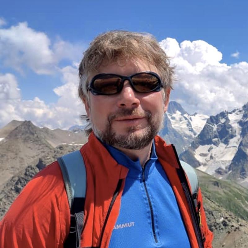 Александр Котов